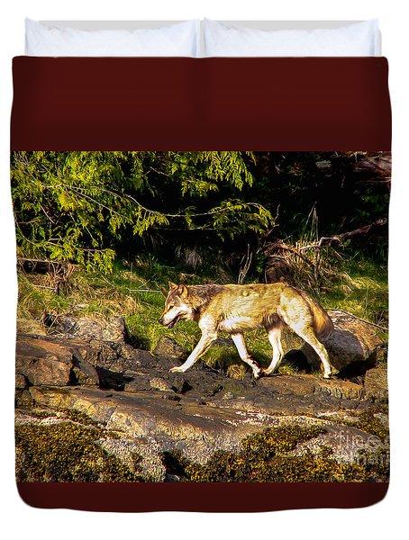 Gray Wolf Duvet Cover by Robert Bales
