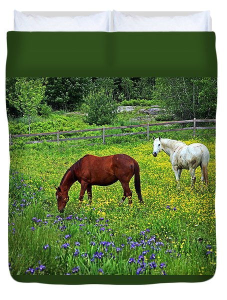 Grazing Amongst The Wildflowers Duvet Cover