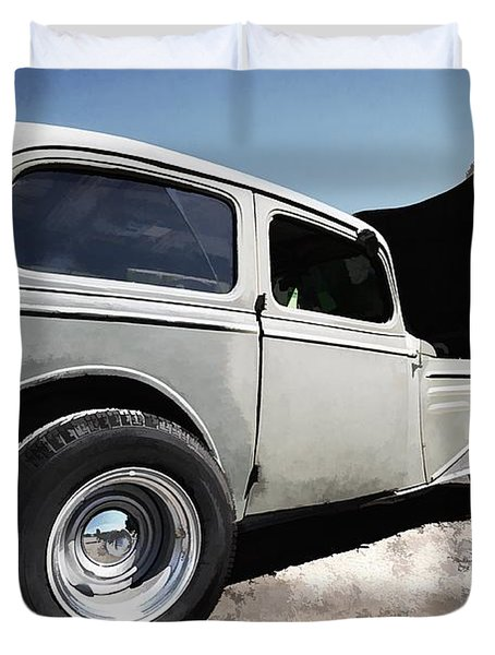 Greaserama 2011 Duvet Cover by Liane Wright