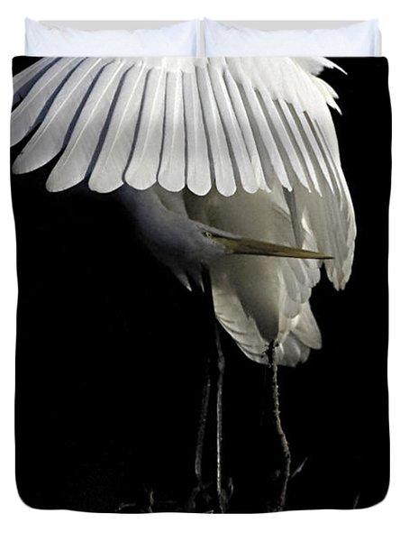 Great Egret Bowing Duvet Cover