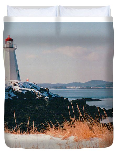 Green Point Light In Winter Duvet Cover