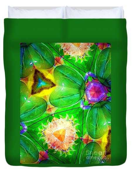 Green Thing 2 Abstract Duvet Cover by Saundra Myles