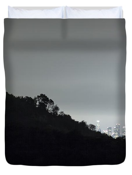 Griffith Park Observatory And Los Angeles Skyline At Night Duvet Cover