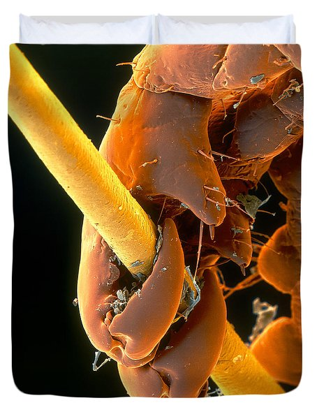 Grip Duvet Cover by Eye of Science