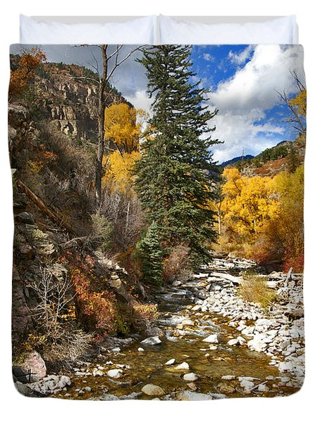 Duvet Cover featuring the photograph Grizzly Creek Cottonwoods Vertical by Jeremy Rhoades