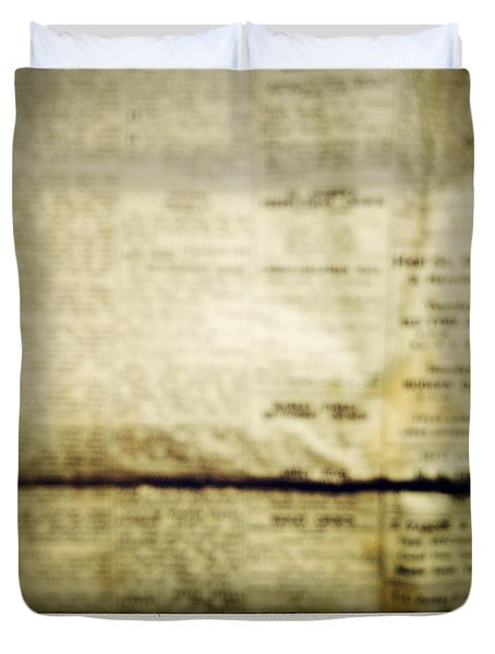 Grunge Newspaper Duvet Cover by Les Cunliffe
