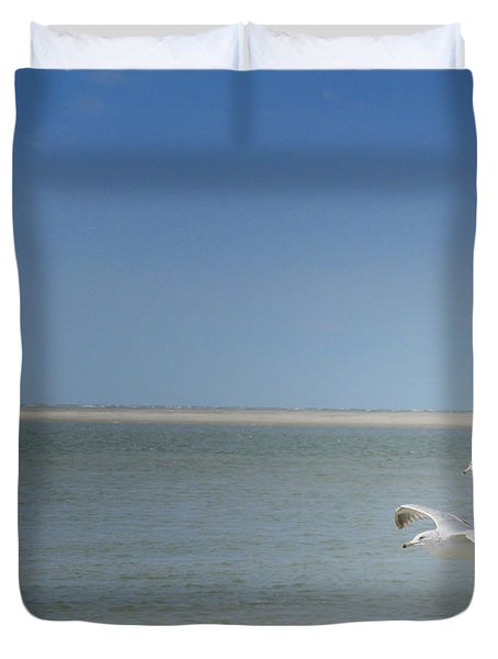 Duvet Cover featuring the photograph Gulls In Flight by Erika Weber