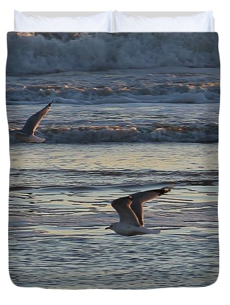 Duvet Cover featuring the photograph Gulls On The Wing At Sunrise by Robert Banach