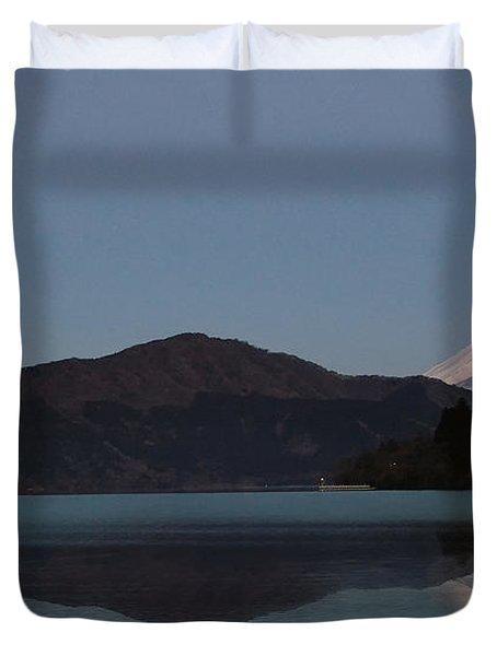 Hakone Lake Duvet Cover