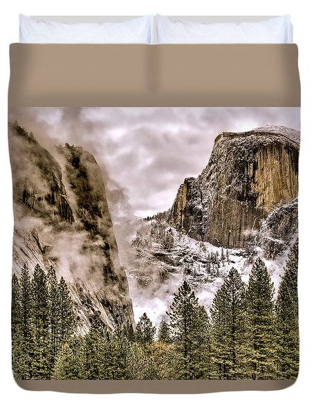 Menacing Rocks Duvet Cover
