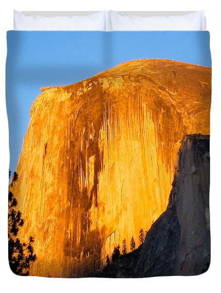 Half Dome Yosemite At Sunset Duvet Cover
