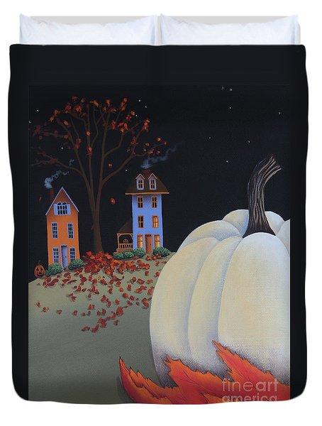 Halloween On Pumpkin Hill Duvet Cover by Catherine Holman