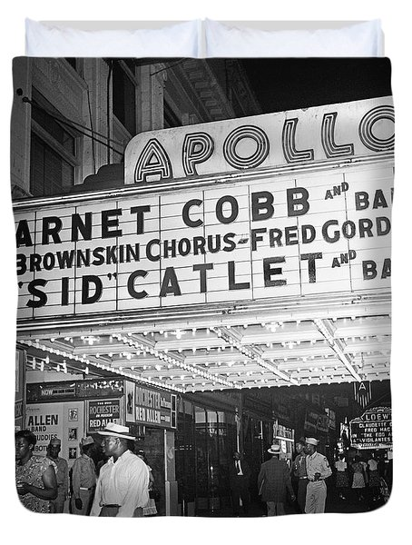 Harlem's Apollo Theater Duvet Cover by Underwood Archives Gottlieb