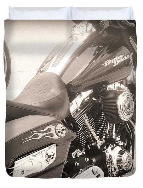 Harley Davidson With Flaming Skulls Duvet Cover