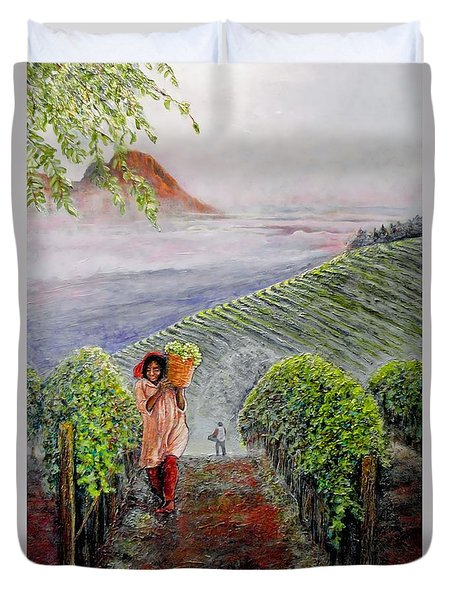 Harvest At Dawn Duvet Cover by Michael Durst