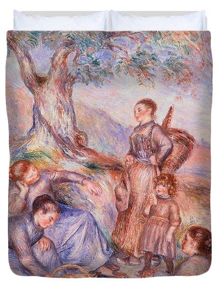 Harvesters Breakfast Duvet Cover by Pierre-Auguste Renoir