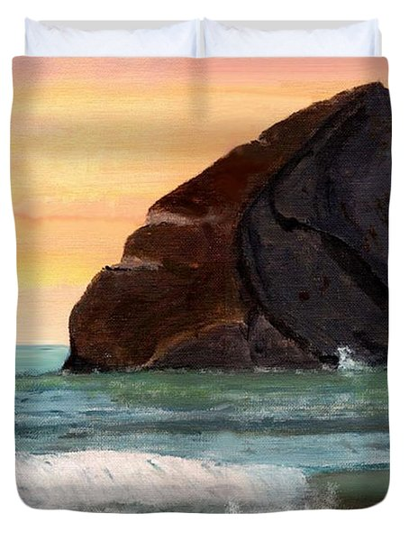 Haystack Rock At Kiwanda Duvet Cover