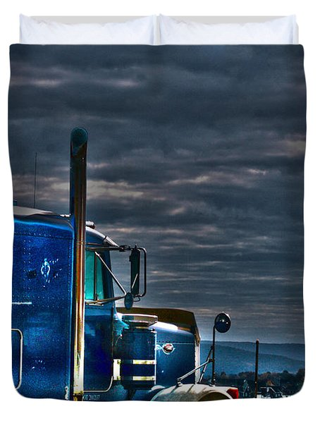 Duvet Cover featuring the photograph Hdr Big Rig by Lesa Fine