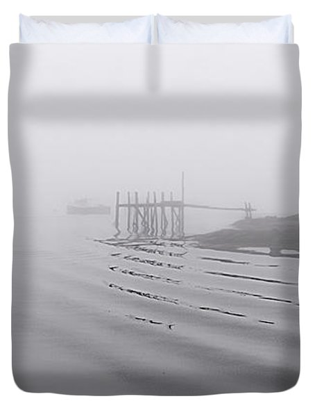 Heavy Fog And Gentle Ripples Duvet Cover