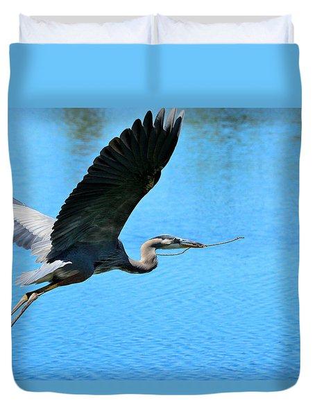 Heron Bearing Gifts Duvet Cover