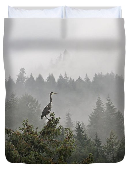 Duvet Cover featuring the photograph Heron In The Mist by Peggy Collins