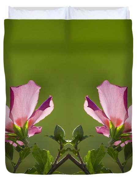 Hibiscus 07 Mirror Image Duvet Cover by Thomas Woolworth