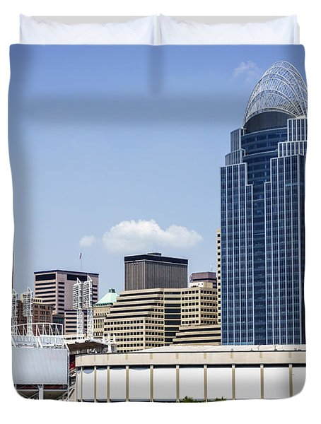 High Resolution Photo Of Cincinnati Skyline Duvet Cover by Paul Velgos