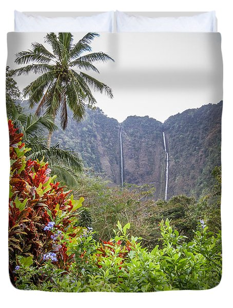 Hiilawe And Hakalaoa Falls Duvet Cover