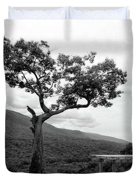 Hildene Tree 5689 Duvet Cover