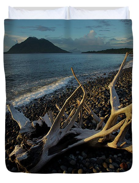 Hiri Island Viewed From A Volcanic Rock Duvet Cover
