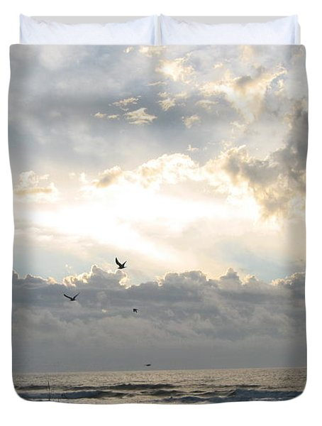 Duvet Cover featuring the photograph His Glory Shines by Judith Morris