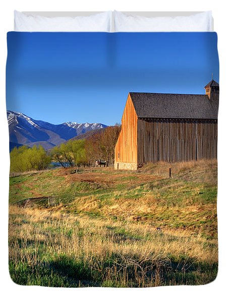 Historic Francis Tate Barn - Wasatch Mountains Duvet Cover by Gary Whitton