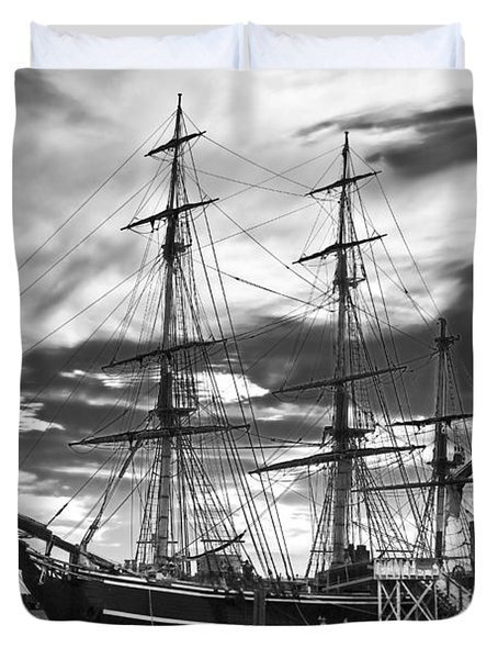 Hms Bounty Singer Island Duvet Cover by Debra and Dave Vanderlaan