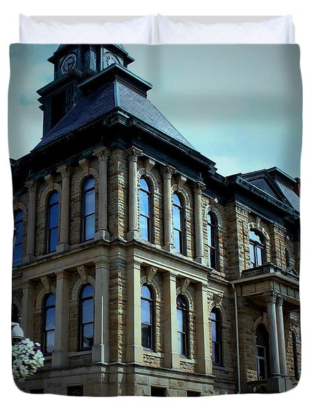 Holmes County Ohio Courthouse Duvet Cover