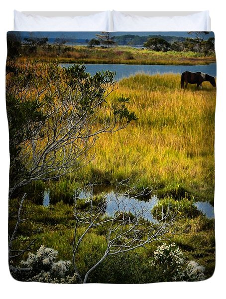 Home On The Range Duvet Cover by Robert McCubbin