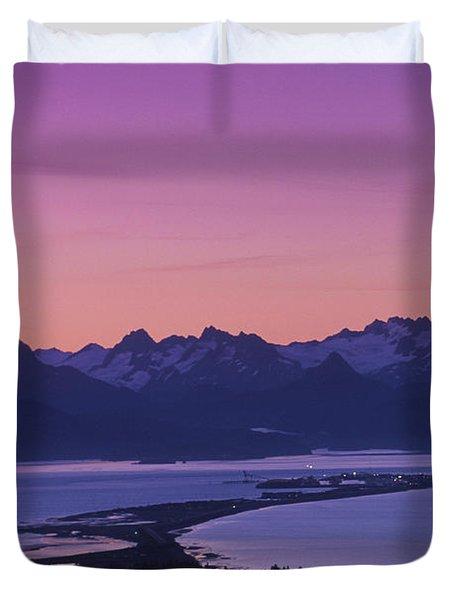 Homer Spit Sunset Kenai Mtns Kenai Duvet Cover by Jeff Schultz