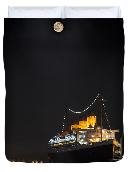 Honey Moon Reflects With The Queen By Denise Dube Duvet Cover