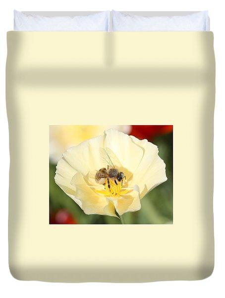 Honeybee On Cream Poppy Duvet Cover