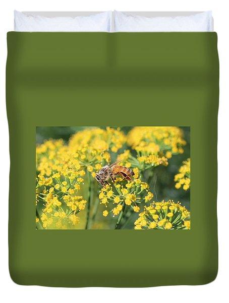 Honeybee On Dill Duvet Cover