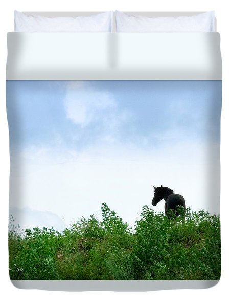 Duvet Cover featuring the photograph Horse On The Hill by Joan Davis