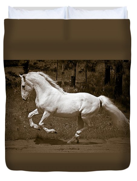 Duvet Cover featuring the photograph Horsepower D5779 by Wes and Dotty Weber