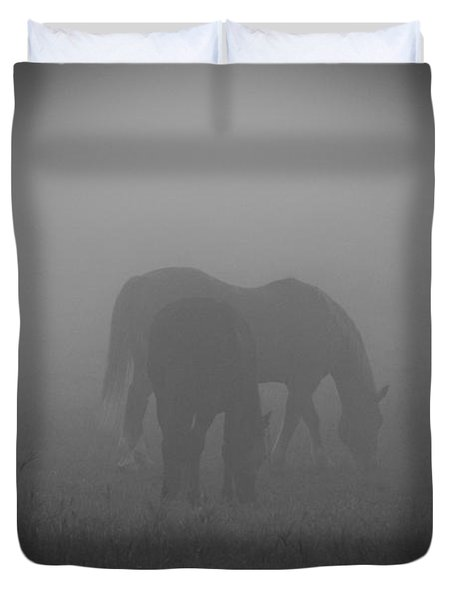 Horses In The Mist. Duvet Cover by Cheryl Baxter