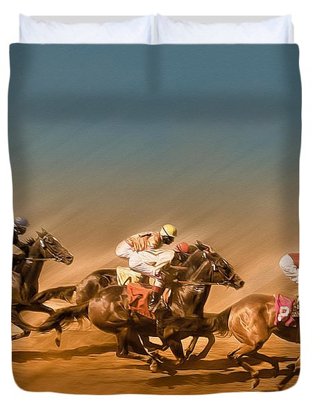 Horses Racing To The Finish Line Duvet Cover