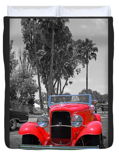 Duvet Cover featuring the photograph Hot V8 by Shoal Hollingsworth