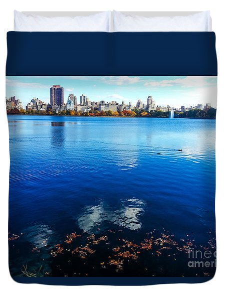 Hudson River Fall Landscape Duvet Cover