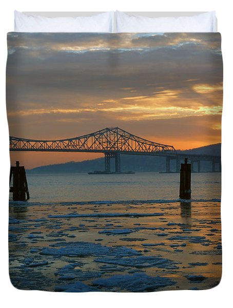 Hudson River Icey Sunset Duvet Cover by Jeffrey Friedkin