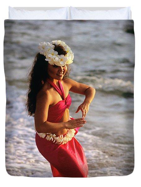 Hula Dancer Hawaii At Waters Edge Surf Duvet Cover