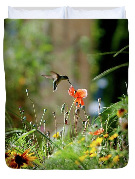 Duvet Cover featuring the photograph Humming Bird by Thomas Woolworth