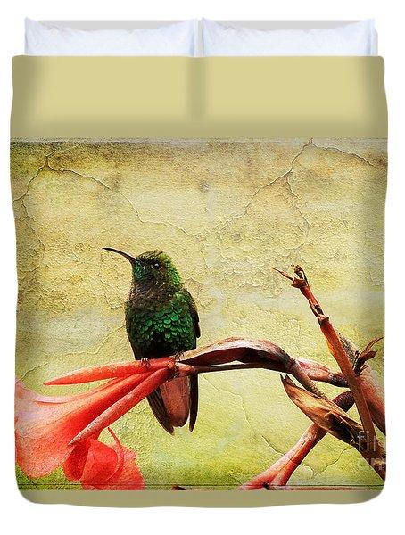 Duvet Cover featuring the photograph Hummingbird 1 by Teresa Zieba