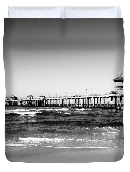 Huntington Beach Pier Black And White Picture Duvet Cover by Paul Velgos